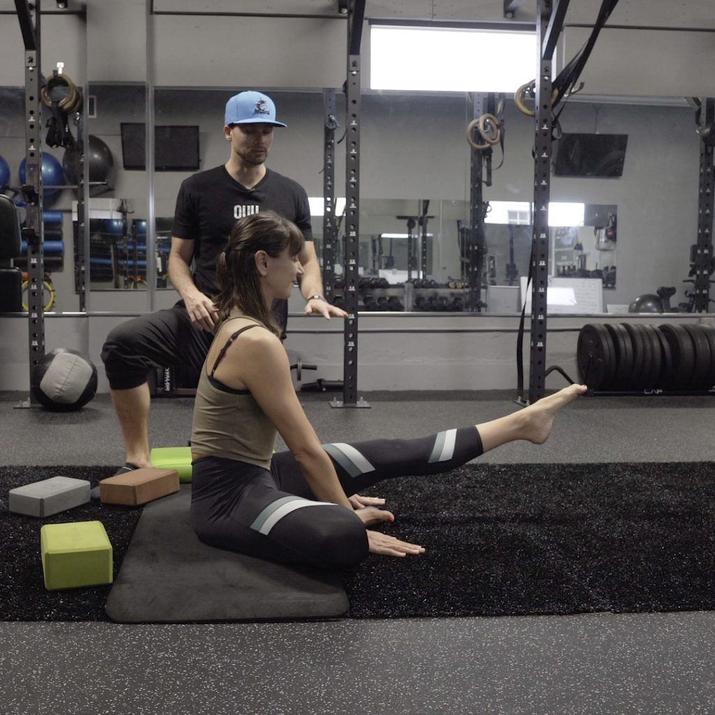 online exercise classes for hip mobility